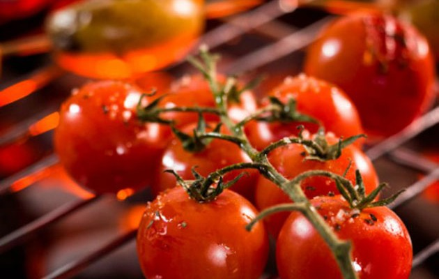 grill-tomatoes-2-610x523