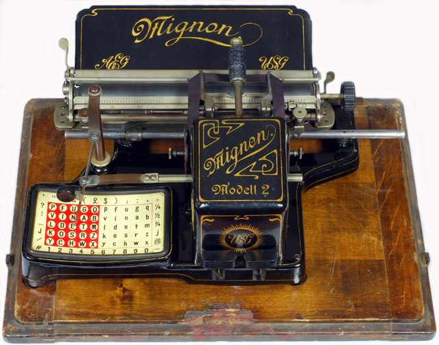 Typewriter Mignon[8]
