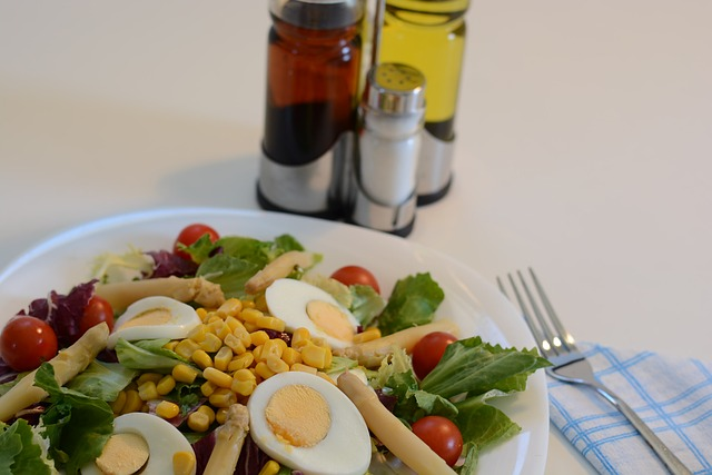 salad-844875_640