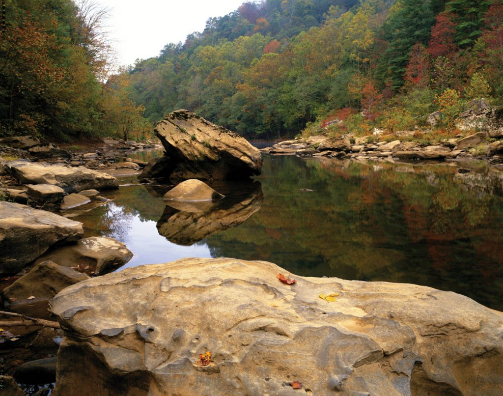 USA, Tennessee, Big South Fork River, autumn
