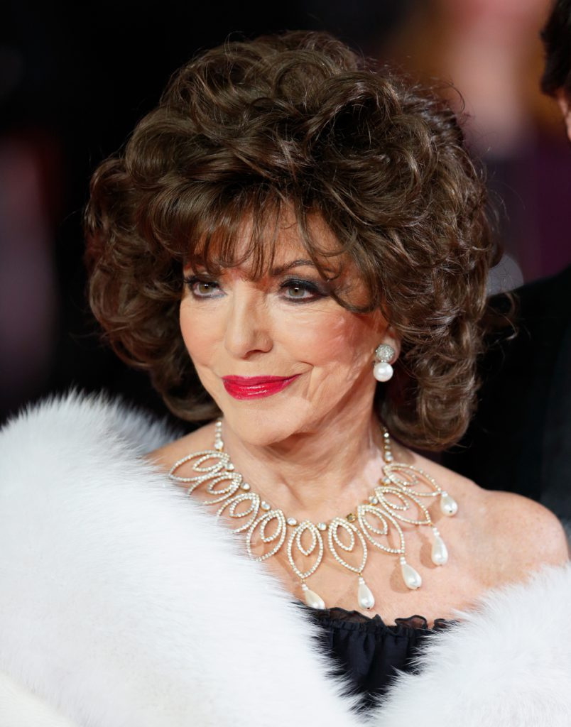 LONDON, UNITED KINGDOM - OCTOBER 26: (EMBARGOED FOR PUBLICATION IN UK NEWSPAPERS UNTIL 48 HOURS AFTER CREATE DATE AND TIME) Joan Collins attends the Royal Film Performance of 'Spectre' at The Royal Albert Hall on October 26, 2015 in London, England. (Photo by Max Mumby/Indigo/Getty Images)