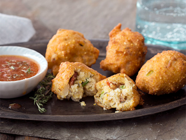 hominy-fritters-bacon-thyme-dipping-sauce