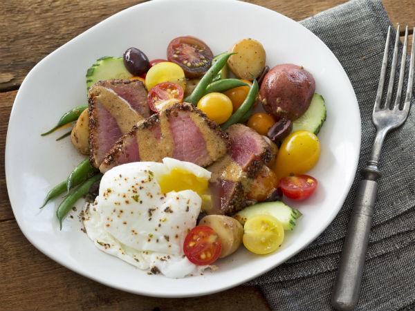 nicoise-salad-chia-citrus-chile-crusted-tuna