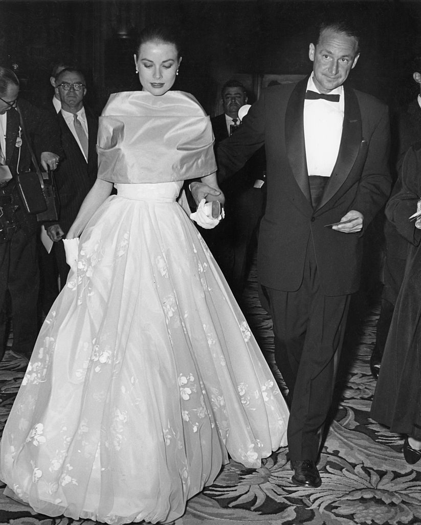 American actress Grace Kelly (1929 - 1982) with MGM publicist Morgan Hudgins, at the RKO Pantages Theatre for the 28th Annual Academy Awards, Hollywood, California, 21st March 1956. (Photo by Jack Albin/Pictorial Parade/Archive Photos/Getty Images)