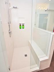 RoyalHome_March-Advertorial_Bathroom