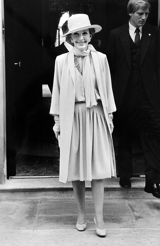 Nancy Reagan, wife of the American President, leaves Winfield House (residence of the Ambassador) for St Paul's Cathedral for Prince Charles and Lady Diana's wedding, on July 29, 1981. AFP PHOTO (Photo credit should read ARCHIVE/AFP/Getty Images)