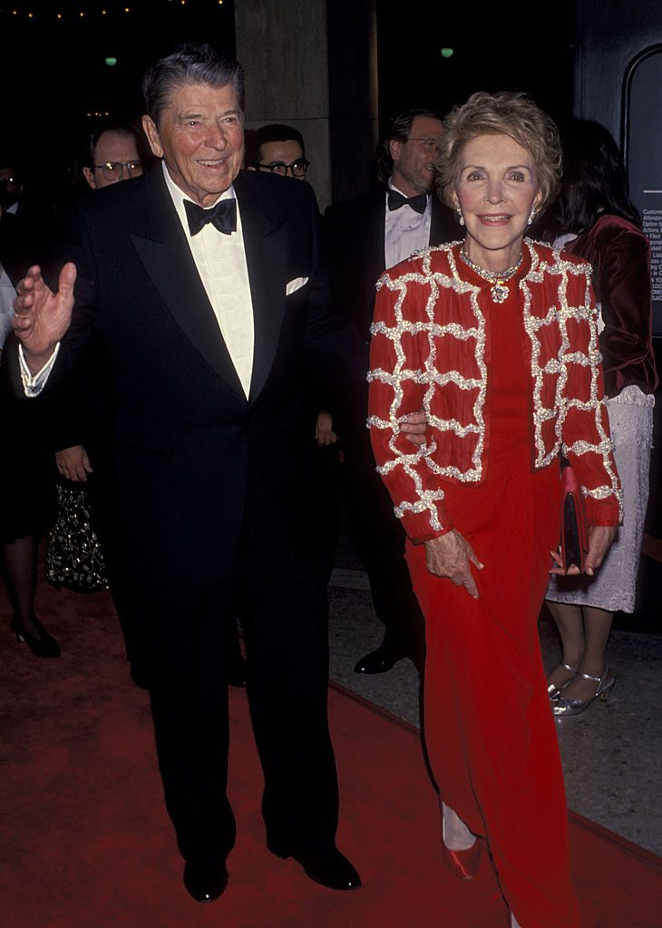 """CENTURY CITY, CA - DECEMBER 9: Ronald Reagan and Nancy Reagan attend the opening night of """"Sunset Blvd"""" on December 9, 1993 at the Shubert Theater in Century City, California. (Photo by Ron Galella, Ltd./WireImage)"""
