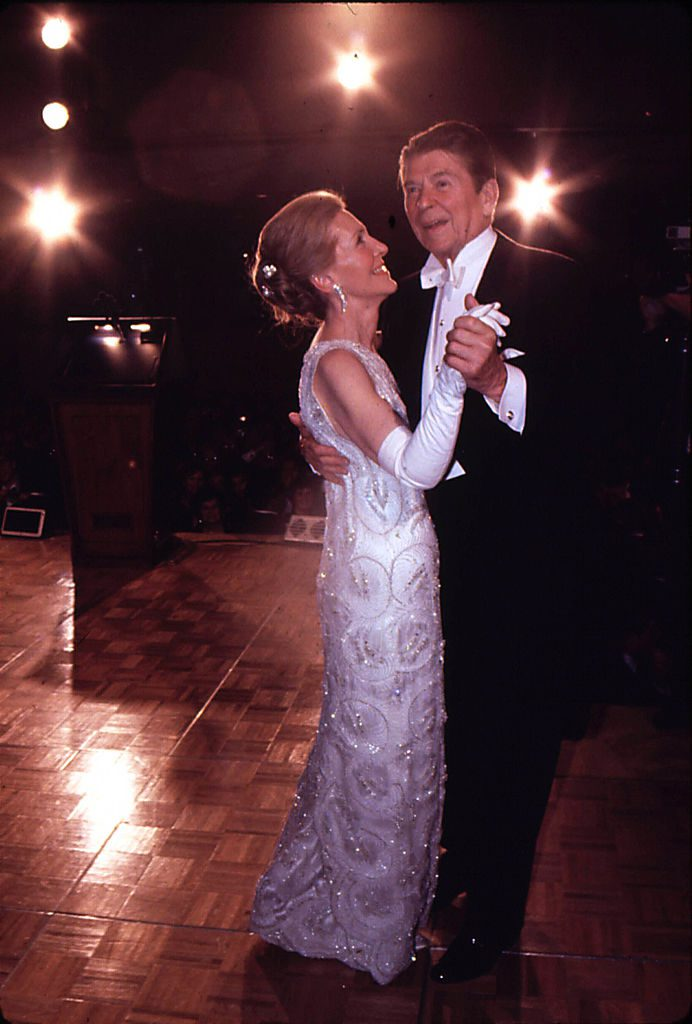 354390 092: 20 Jan 1981: Newly Elected Preident Ronald Reagan Seen Here Dancing With His Wife Nancy At The Inaugural Ball. Mandatory Credit: 2 (Photo By Dirck Halstead/Getty Images)