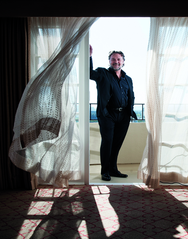 LOS ANGELES, CA - APRIL 12: Actor Russell Crowe is photographed for Los Angeles Times on April 12, 2015 in Beverly Hills, California. PUBLISHED IMAGE. (Photo by Christina House#CONTOUR/Contour by Getty Images)