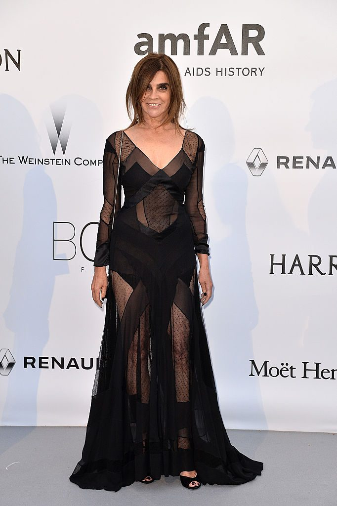 CAP D'ANTIBES, FRANCE - MAY 19: Carine Roitfeld attends the amfAR's 23rd Cinema Against AIDS Gala at the annual 69th Cannes Film Festival at Hotel du Cap-Eden-Roc on May 19, 2016 in Cap d'Antibes, France. (Photo by Stephane Cardinale - Corbis/Corbis via Getty Images)