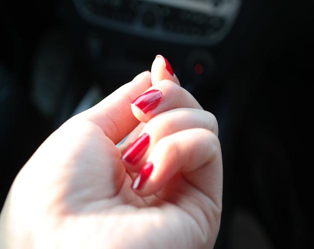 nail-polish-281878_960_720