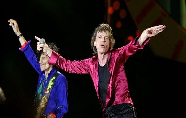 HAVANA, CUBA - MARCH 25:  Mick Jagger (R) and Ron Wood perform with the Rolling Stones at Ciudad Deportiva on March 25, 2016 in Havana, Cuba.  (Photo by Gary Miller/FilmMagic)