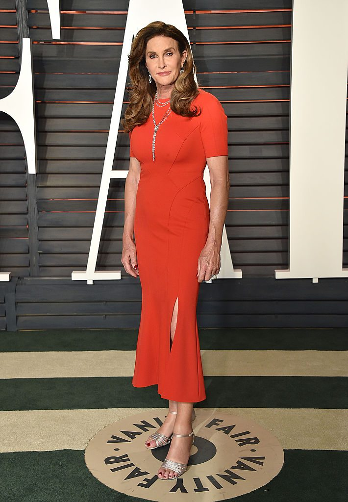 BEVERLY HILLS, CA - FEBRUARY 28: TV personality Caitlyn Jenner arrives at the 2016 Vanity Fair Oscar Party Hosted By Graydon Carter at Wallis Annenberg Center for the Performing Arts on February 28, 2016 in Beverly Hills, California. (Photo by John Shearer/Getty Images)