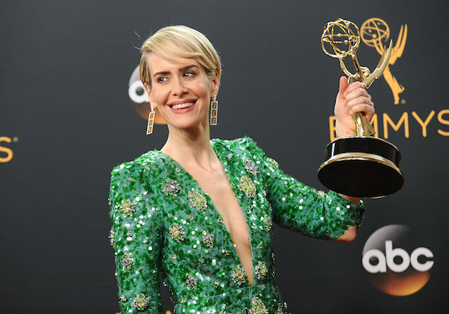 LOS ANGELES, CA - SEPTEMBER 18: Actress Sarah Paulson poses in the press room at the 68th annual Primetime Emmy Awards at Microsoft Theater on September 18, 2016 in Los Angeles, California. (Photo by Jason LaVeris/FilmMagic)