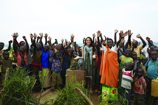 Actor and World Vision Global Ambassador Meghan Markle recently visited Rwanda to see the impact of clean water. (Photo credit: Gabor Jurina) (CNW Group/World Vision Canada)