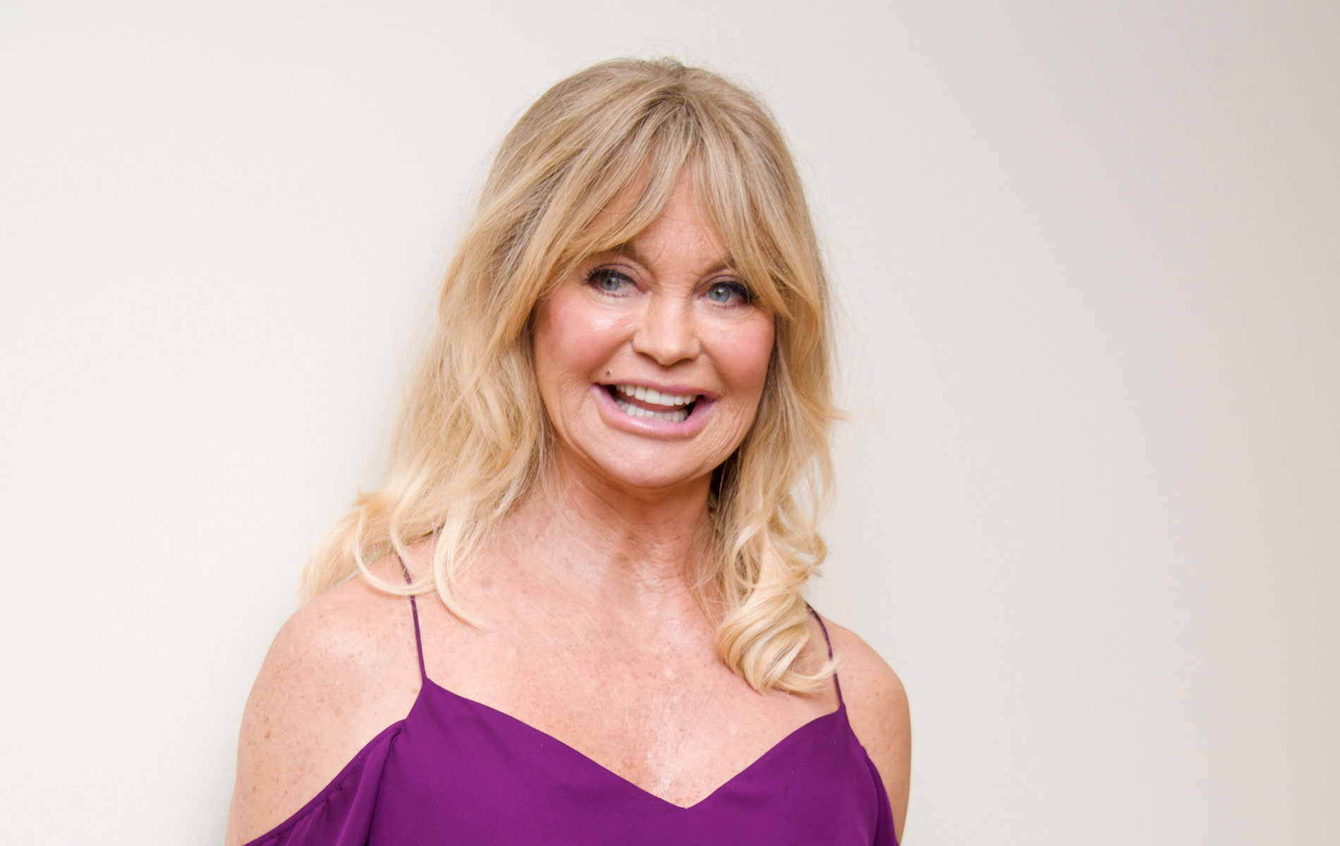 Golden Girl: Goldie Hawn Goes From Ditzy To Seriously