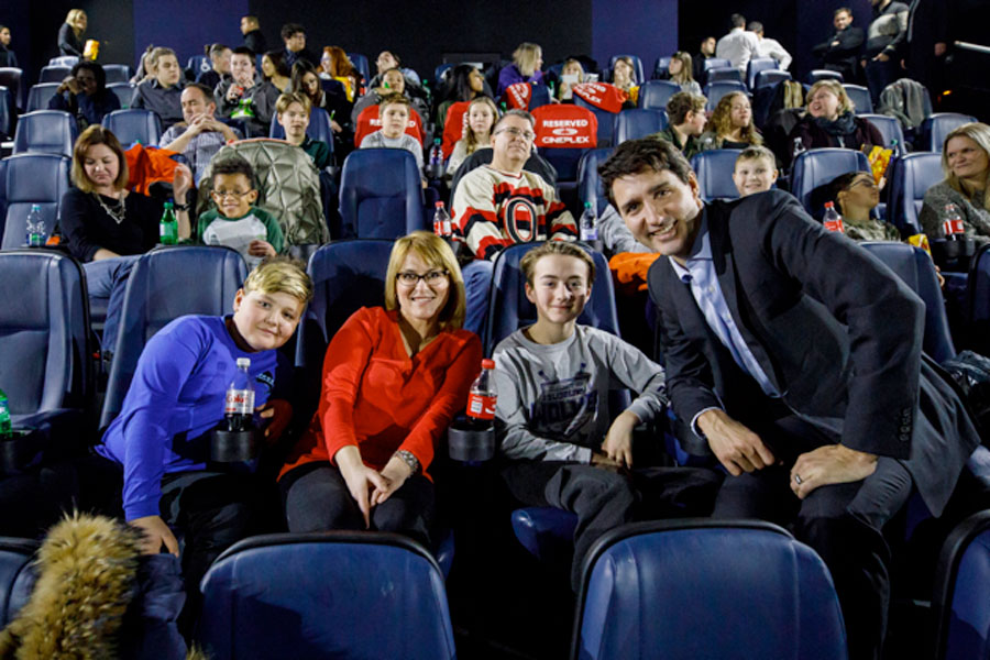 1aa20882594ce Justin Trudeau Treats Special Guests To Advance Screening Of  Star Wars