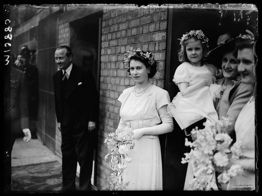 Princess Elizabeth, bridesmaid, 1946