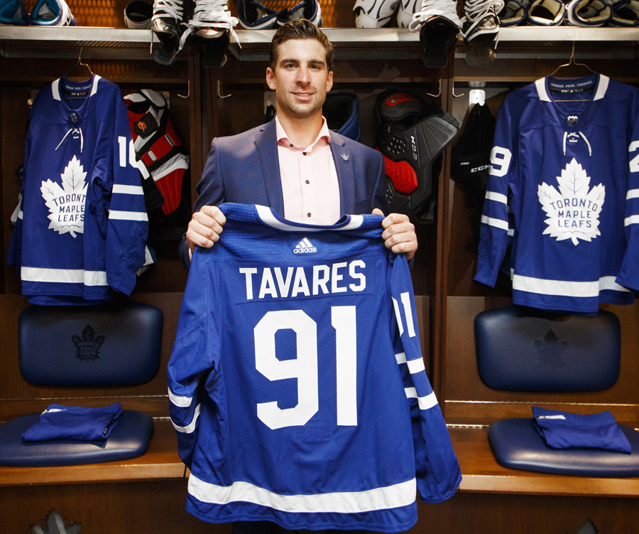 huge selection of b0b27 1c49f Tavares Signing Has Leaf Nation Dreaming of Stanley Cup ...