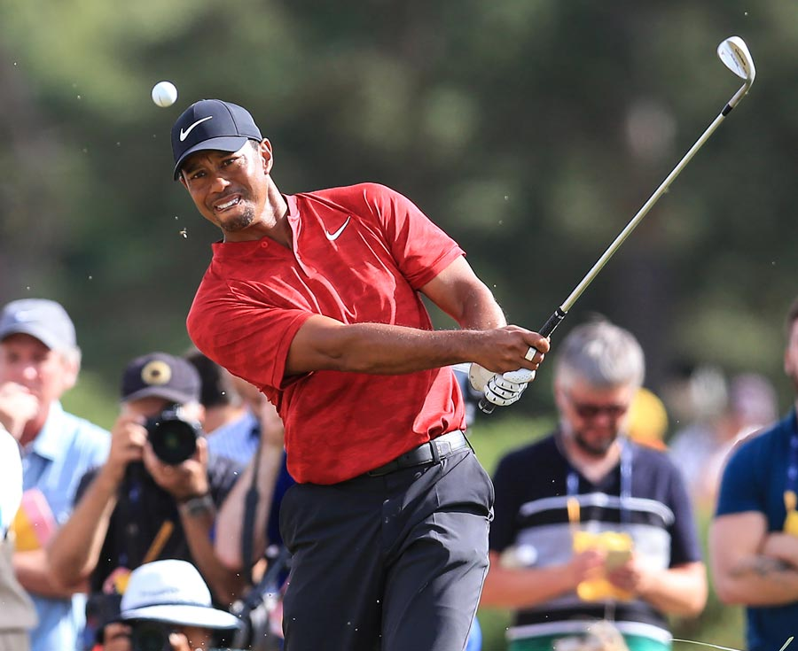 vintage performance at british open shows tiger woods is