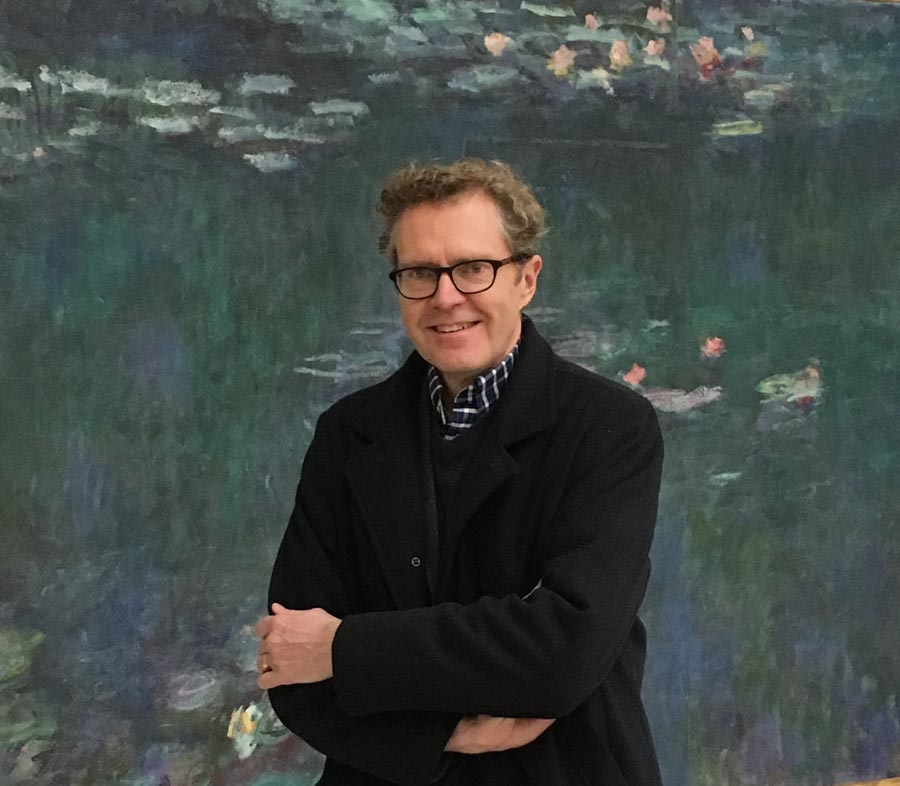 Photo of author Ross King.