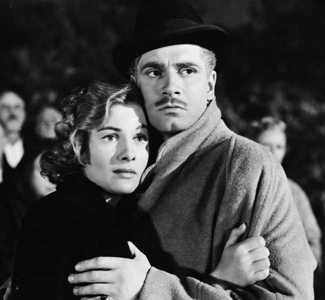 Laurence Olivier and Joan Fontaine in the 1940 Oscar-winning film, Rebecca.