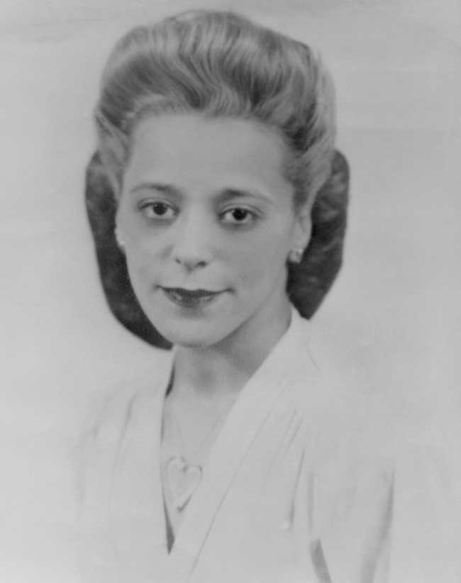 A black and white photo of Viola Desmond from 1940.
