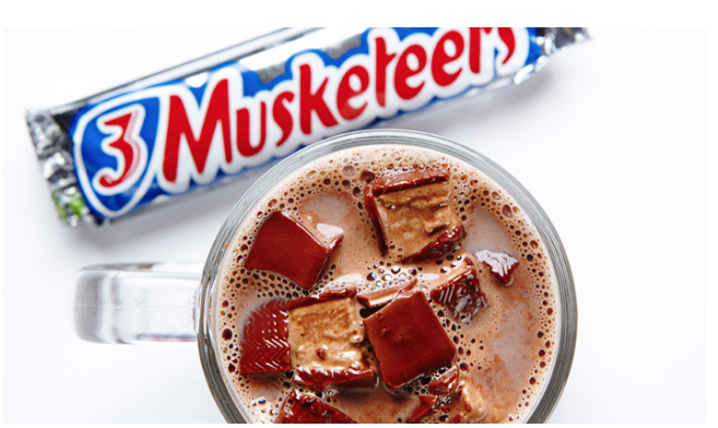 Hot chocolate, 3 Musketeers candy bar