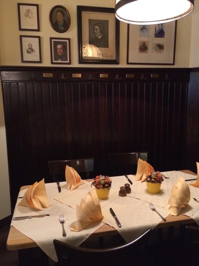 Schumann's table at Coffe Baum.
