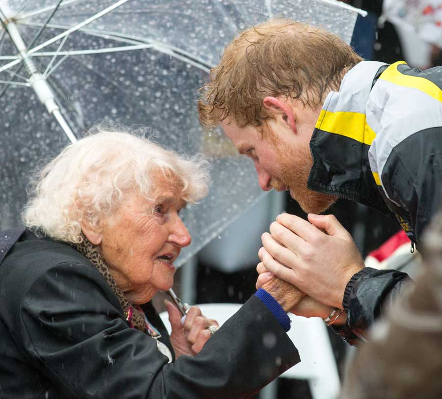 Prince Harry meets Daphne Dunne on a walkabout on Circular Quay in Sydney, Australia, during a day of events to mark the official launch of the Invictus Games Sydney 2018