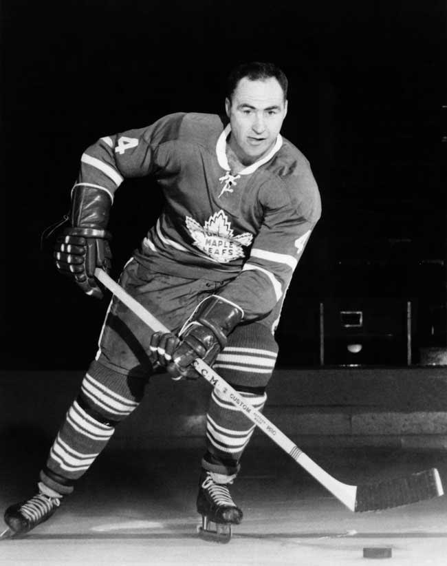 red kelly passes away