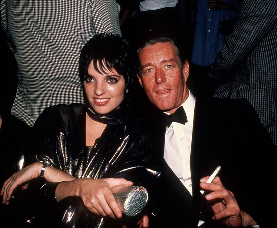 Liza Minnelli with designer Halston circa 1982 in New York City. (Photo by Robin Platzer/IMAGES/Getty Images)
