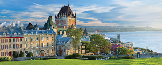 A photo of the Quebec City skyline.