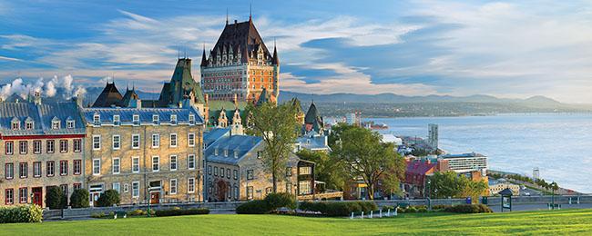 A photo of the Quebec City skyline.