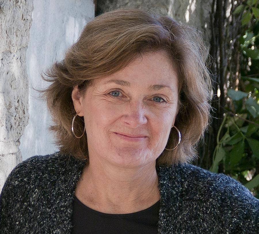 Photo of Canadian author Joan Thomas