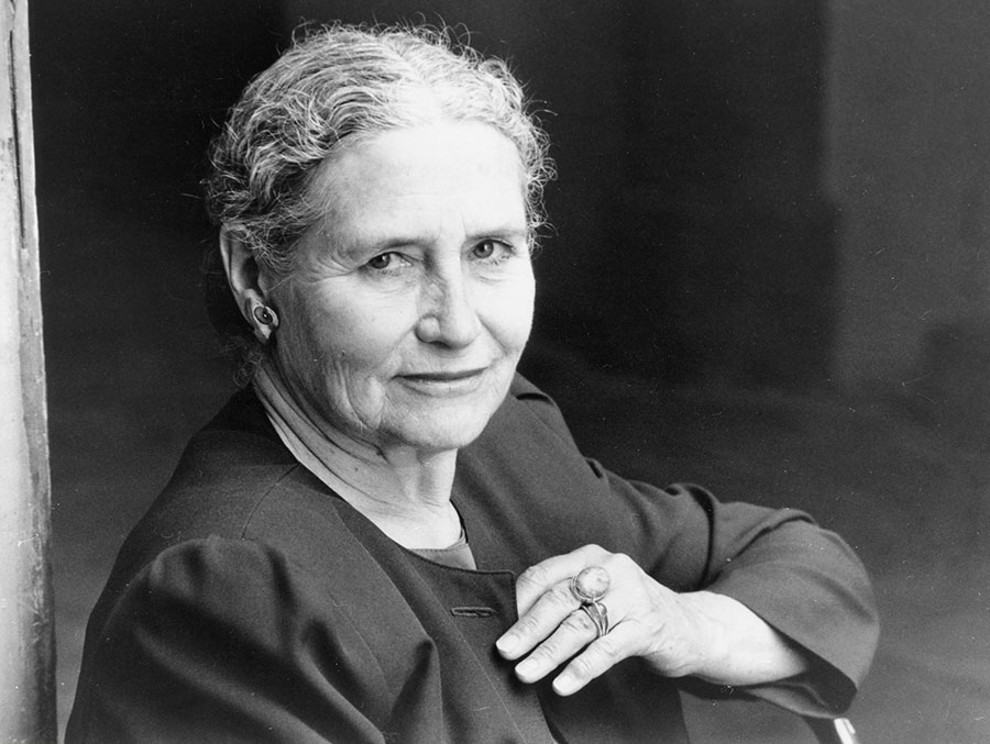 British writer Doris Lessing, who would have turned 100 on October 22, 2019. Photographed in 1990. (Photo: Schiffer-Fuchs/ullstein bild via Getty Images)