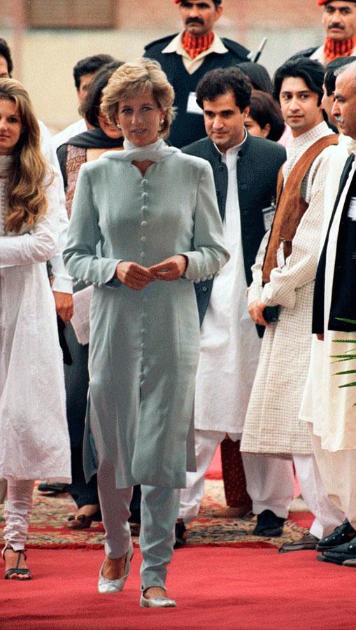 Diana Princess Of Wales arriving with Jemima Khan at the Shaukat Khanum Memorial Hospital in Lahore, Pakistan.