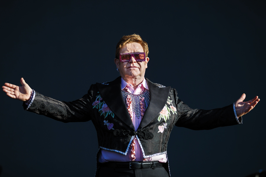 Elton John Calls Michael Jackson 'Mentally Ill' In His New Book