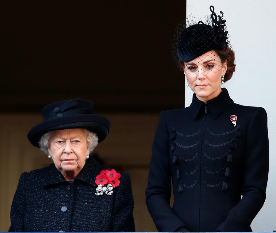 Queen Elizabeth II, Catherine, Duchess of Cambridge, Remembrance Day