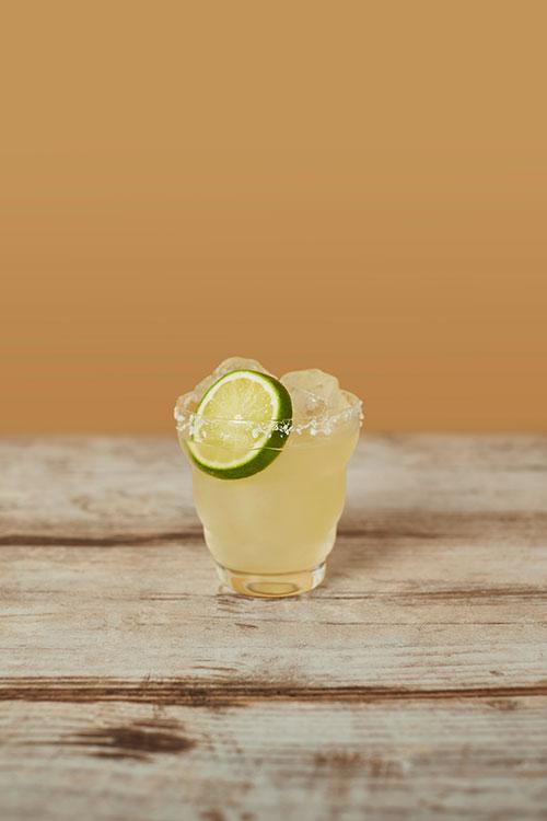 Low- to no-alcohol Seedlip Grove 42 Margarita