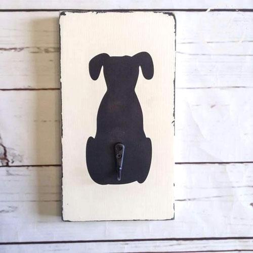 Photo of dog leash holder