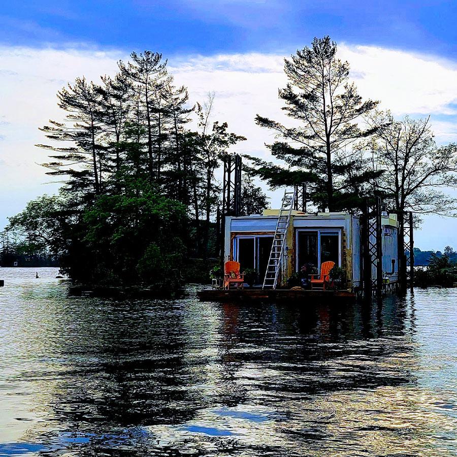 Floating Cottage