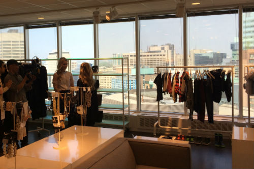 Lisa meets with Emily Scarlett at H&M to discuss sustainability.