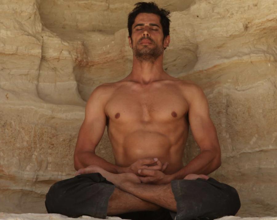 Yogi Cameron: A Model Guru