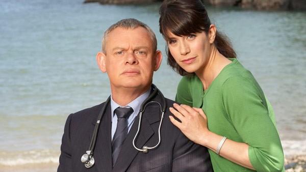 Doc Martin S4: Dr. Martin Ellingham (MARTIN CLUNES), Louisa Glasson (CAROLINE CATZ)