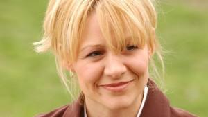 Sue Thomas F.B. Eye - Deanne Bray stars as Sue Thomas
