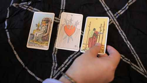 SI: Fortune Telling - Tarot Cards