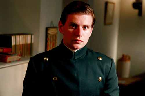 Downton Abbey S1E4: Thomas Branson (Allen Leech)
