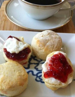 The Weekly Downton Dish: Abbey Cooks Magic Scones by Pamela Foster, downtonabbeycooks.com