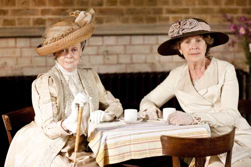 Downton Abbey S1E5: Lady Violet, Dowager Countess of Grantham and Isobel Crawley at the Downton Flower Show